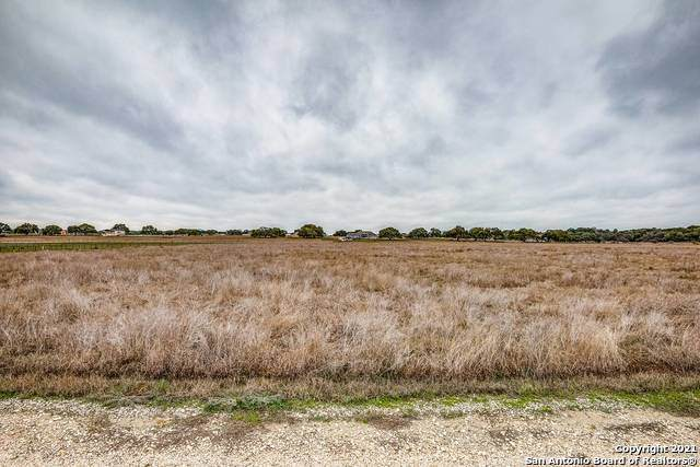 307 Hackamore Trail, Bandera, TX 78003 (MLS #1510012) :: The Rise Property Group