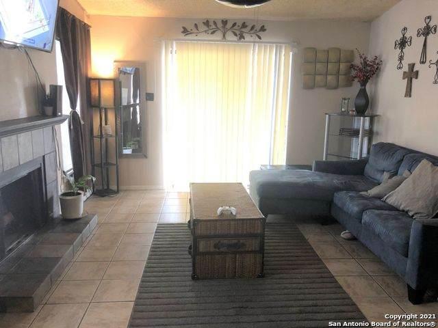 1315 Coldwater Dr, San Antonio, TX 78245 (MLS #1510060) :: Keller Williams City View