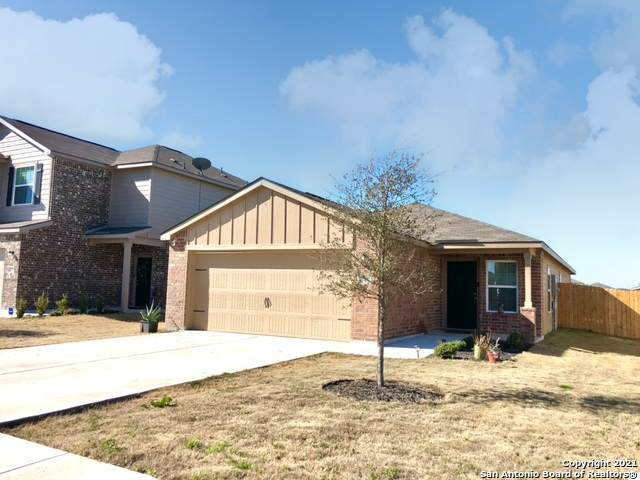 746 Veloway Trail, New Braunfels, TX 78132 (MLS #1510378) :: Real Estate by Design