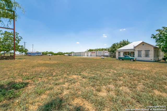 147 E Fm 462, Moore, TX 78057 (MLS #1510415) :: Tom White Group