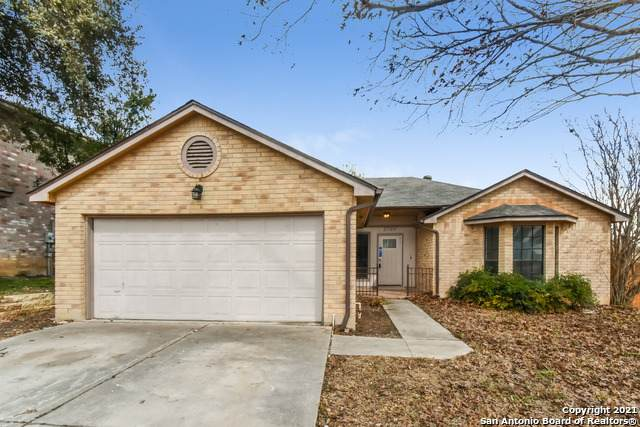 2700 Hillview Ln, Schertz, TX 78154 (MLS #1510419) :: HergGroup San Antonio Team