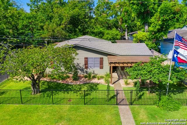 212 S Saunders St, Boerne, TX 78006 (MLS #1510517) :: Keller Williams City View