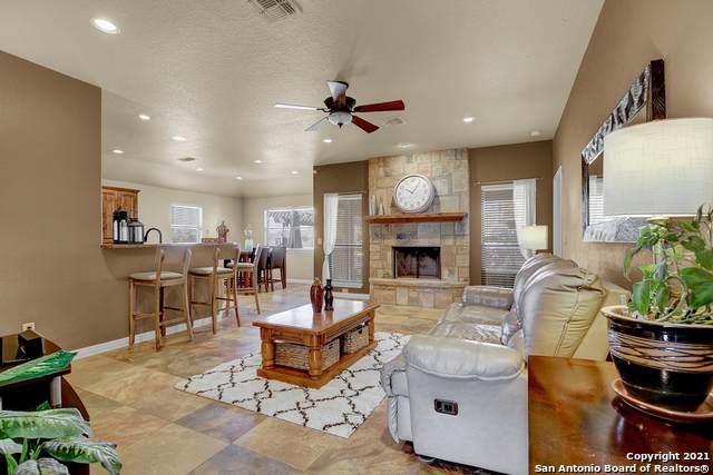 1634 Sunblossom Cir, New Braunfels, TX 78130 (MLS #1510611) :: Real Estate by Design
