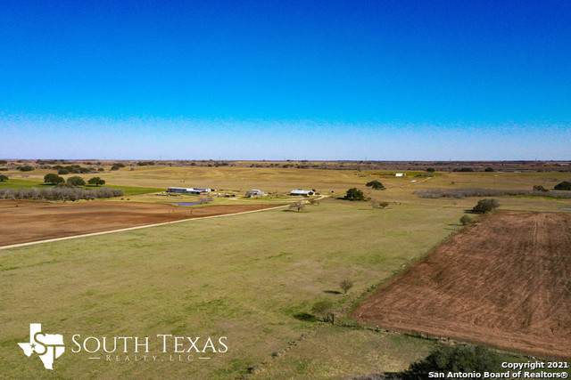 1350 Cr 401, Floresville, TX 78114 (MLS #1510665) :: 2Halls Property Team | Berkshire Hathaway HomeServices PenFed Realty