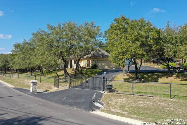 500 Blue Water Dr, Canyon Lake, TX 78133 (MLS #1510692) :: Neal & Neal Team