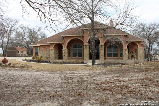 102 Cactus Ln, Floresville, TX 78114 (MLS #1510782) :: The Rise Property Group