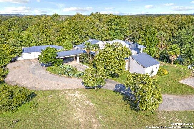 901 River Rd, Boerne, TX 78006 (MLS #1510795) :: 2Halls Property Team | Berkshire Hathaway HomeServices PenFed Realty