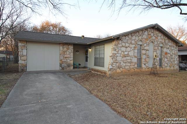 213 Beverly Dr, Schertz, TX 78154 (MLS #1510811) :: Santos and Sandberg