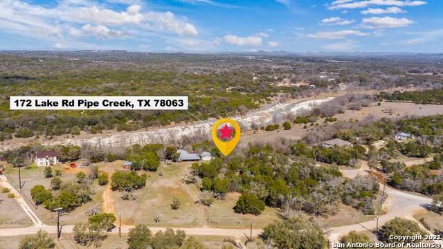 172 Lake Rd, Pipe Creek, TX 78063 (MLS #1510820) :: The Castillo Group