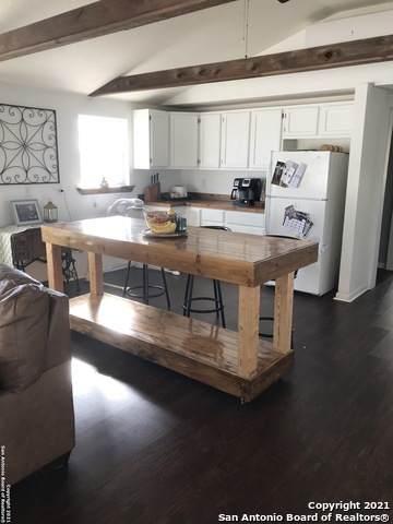 1524 State Highway 173 S, Hondo, TX 78861 (MLS #1510977) :: Concierge Realty of SA