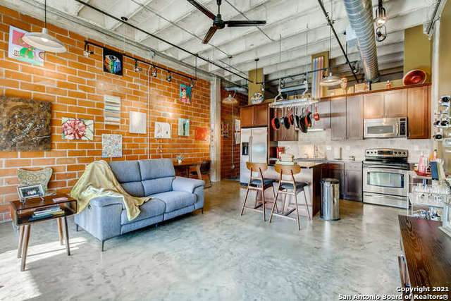 1331 S Flores St #301, San Antonio, TX 78204 (MLS #1511018) :: The Lugo Group