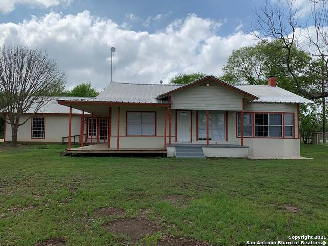 180 County Road 5714, Natalia, TX 78059 (MLS #1511183) :: The Curtis Team