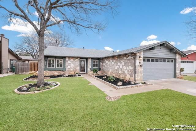 8235 Sherri Oaks St, San Antonio, TX 78250 (MLS #1511201) :: Sheri Bailey Realtor
