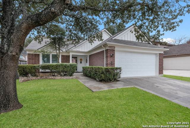 9211 Red Leg, San Antonio, TX 78240 (MLS #1511308) :: Berkshire Hathaway HomeServices Don Johnson, REALTORS®
