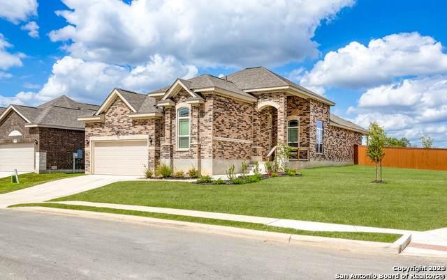11103 Evening Bell, San Antonio, TX 78245 (MLS #1511380) :: The Castillo Group