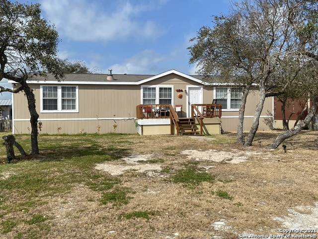 184 Lago Vista Dr, Rockport, TX 78382 (MLS #1511446) :: The Glover Homes & Land Group