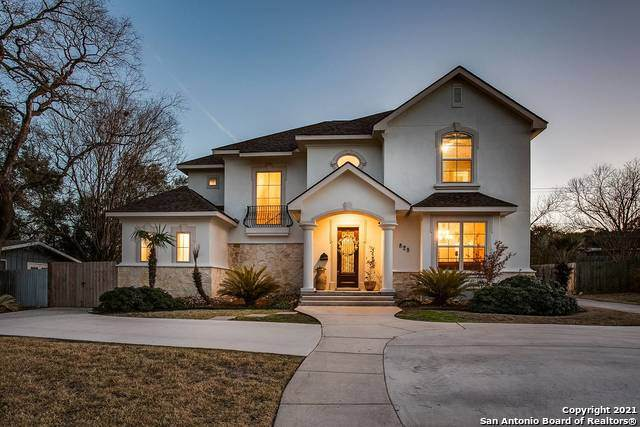 828 Canterbury Hill St, Terrell Hills, TX 78209 (MLS #1511469) :: The Glover Homes & Land Group