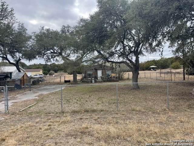 7016 Broken Arrow, Spring Branch, TX 78070 (MLS #1511500) :: Carolina Garcia Real Estate Group