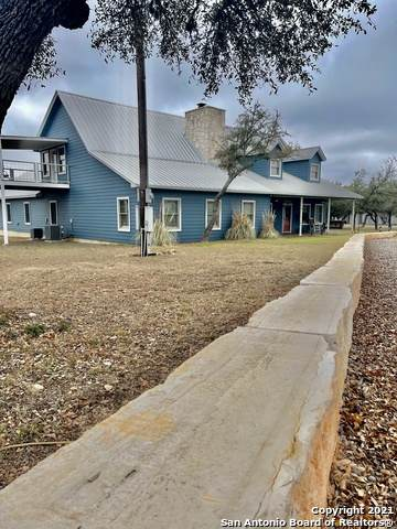 474 Oil Well Rd, Pipe Creek, TX 78063 (MLS #1511503) :: The Mullen Group | RE/MAX Access