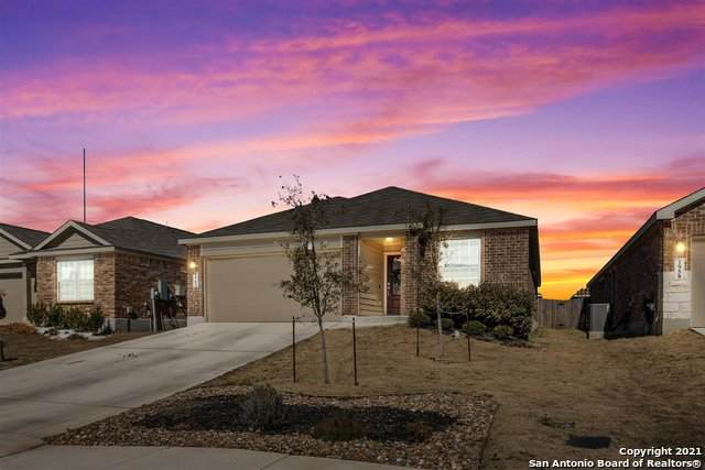1962 Rising Sun, New Braunfels, TX 78130 (MLS #1511513) :: Santos and Sandberg