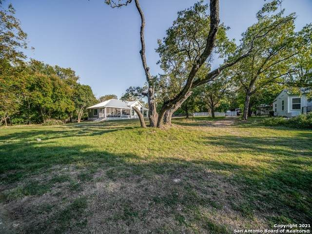 313 Fulton St, Fredericksburg, TX 78624 (MLS #1511572) :: 2Halls Property Team | Berkshire Hathaway HomeServices PenFed Realty