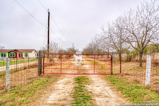 9591/9661 Hildebrandt Rd, San Antonio, TX 78222 (MLS #1511633) :: The Mullen Group | RE/MAX Access