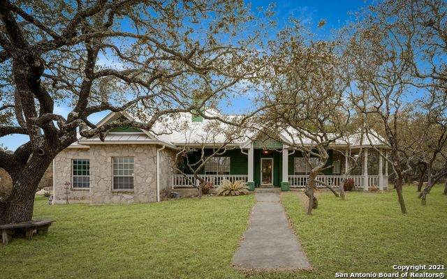 16 Brandt Rd, Boerne, TX 78006 (MLS #1511773) :: The Gradiz Group