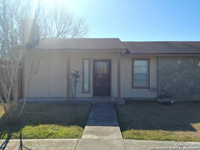 1051 Country Club Dr C-12, Seguin, TX 78155 (MLS #1512079) :: The Mullen Group   RE/MAX Access