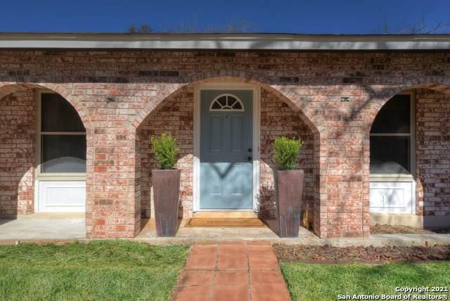 12502 Lone Shadow Trail, Live Oak, TX 78233 (MLS #1512114) :: Keller Williams City View