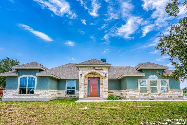 124 Carrizo Rdg, Floresville, TX 78114 (MLS #1512144) :: The Lopez Group