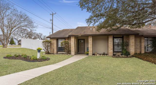 4450 Hilton Head St, San Antonio, TX 78217 (MLS #1512145) :: Sheri Bailey Realtor