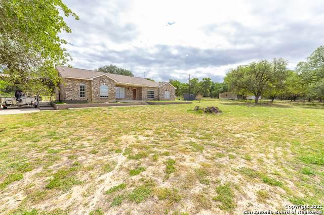 21610 Applewhite Rd, San Antonio, TX 78264 (MLS #1512210) :: Sheri Bailey Realtor