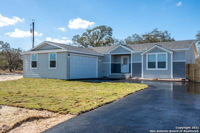 113 Cordell Oaks Blvd, Seguin, TX 78155 (MLS #1512227) :: The Mullen Group | RE/MAX Access