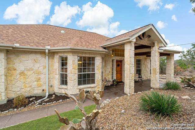 545 Cr 2727, Mico, TX 78056 (MLS #1512235) :: Sheri Bailey Realtor