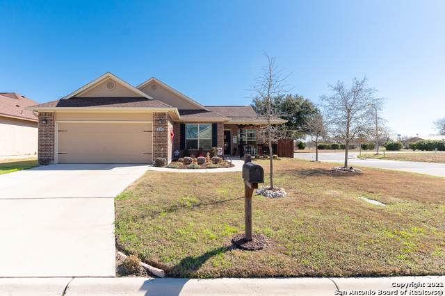 231 Greenway Dr, Seguin, TX 78155 (MLS #1512291) :: The Mullen Group | RE/MAX Access