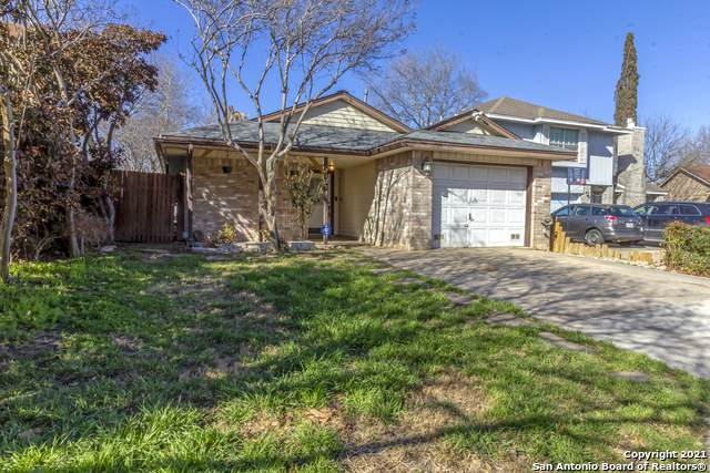 11311 Two Wells Dr, San Antonio, TX 78245 (MLS #1512335) :: Keller Williams City View