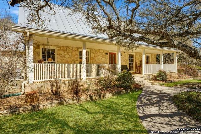 102 Rusty Ln, Boerne, TX 78006 (MLS #1512433) :: Sheri Bailey Realtor