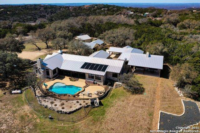1800 Timbercreek Rd, Pipe Creek, TX 78063 (MLS #1512526) :: The Lopez Group