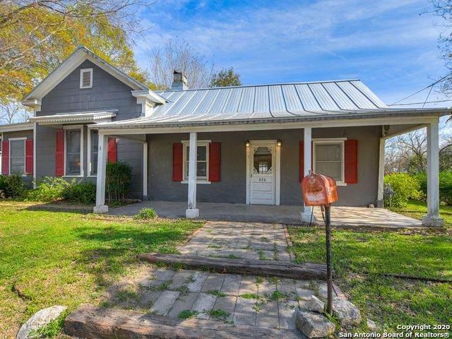 616 Lafayette St, Castroville, TX 78009 (MLS #1512593) :: Sheri Bailey Realtor