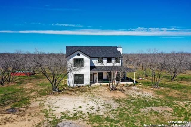 3870 Fm 140, Jourdanton, TX 78026 (MLS #1512856) :: Keller Williams Heritage