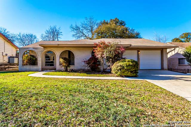 3627 Mapleton St, San Antonio, TX 78230 (#1512940) :: The Perry Henderson Group at Berkshire Hathaway Texas Realty