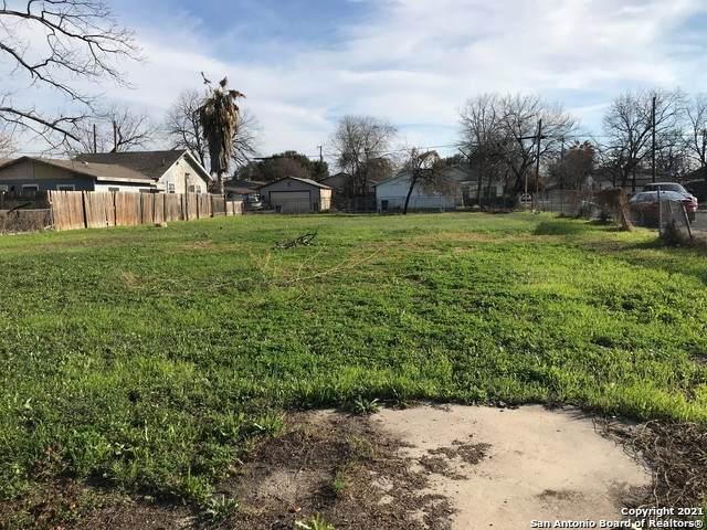 3034 W Salinas, San Antonio, TX 78207 (MLS #1513045) :: The Lopez Group