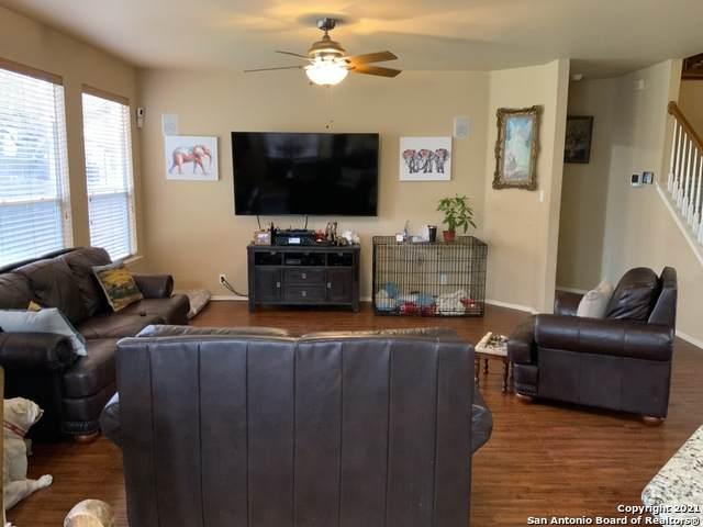 17206 Darien Wing, San Antonio, TX 78247 (MLS #1513050) :: JP & Associates Realtors