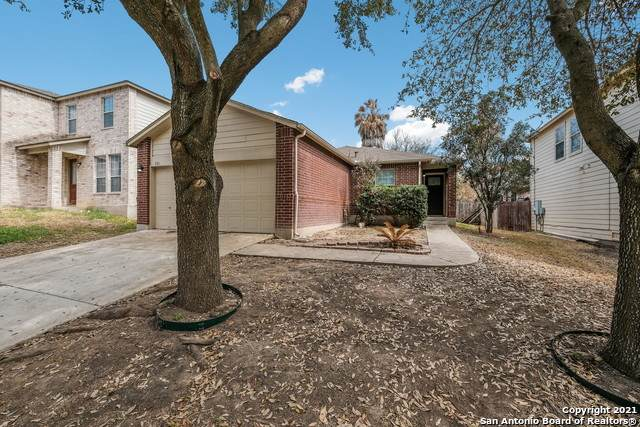 526 Mathis Mdw, San Antonio, TX 78251 (MLS #1513124) :: The Mullen Group | RE/MAX Access
