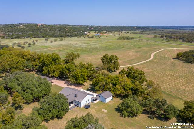450 Stone Mountain Dr, Marble Falls, TX 78654 (MLS #1513608) :: REsource Realty