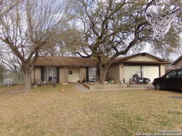 1006 Ferdinand Dr, San Antonio, TX 78245 (MLS #1513994) :: 2Halls Property Team | Berkshire Hathaway HomeServices PenFed Realty