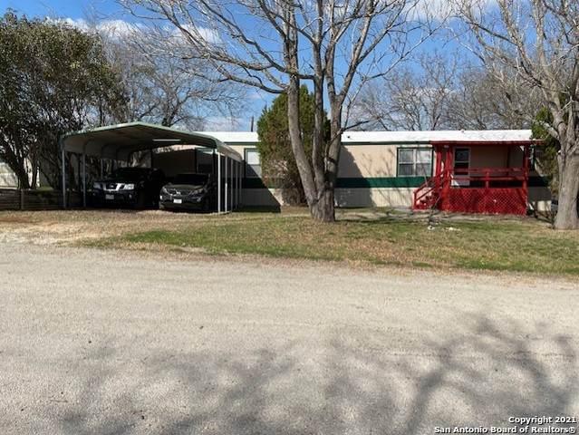 15741 Buchel, LaCoste, TX 78039 (MLS #1514298) :: Keller Williams Heritage