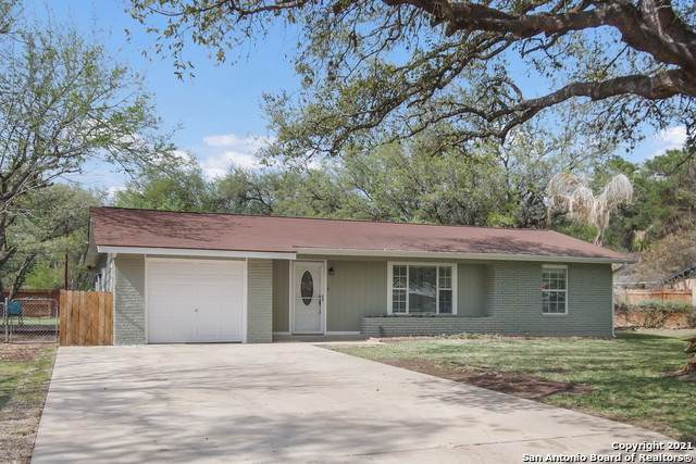 508 Mockingbird Ln, Devine, TX 78016 (MLS #1514315) :: Beth Ann Falcon Real Estate