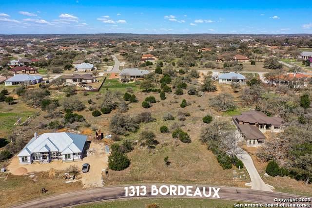 1313 Bordeaux Ln, New Braunfels, TX 78132 (MLS #1514458) :: Neal & Neal Team