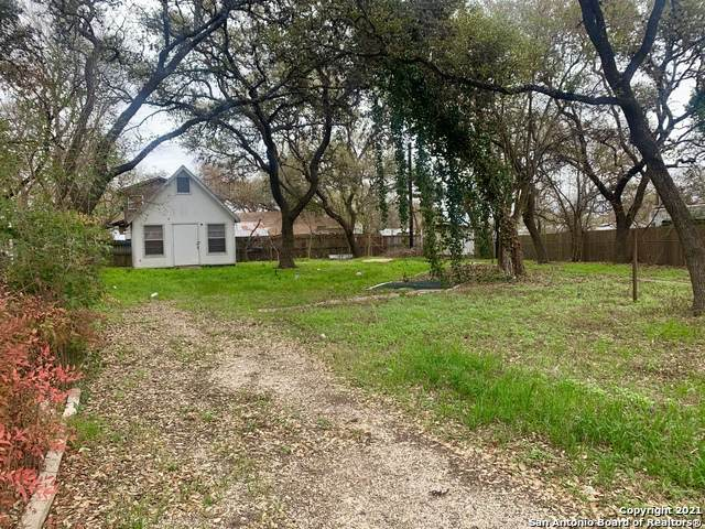 447 Forest Hill St, Canyon Lake, TX 78133 (MLS #1514528) :: Neal & Neal Team